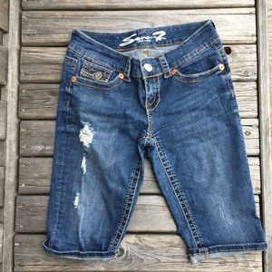 Seven7 Distressed Cropped Capris